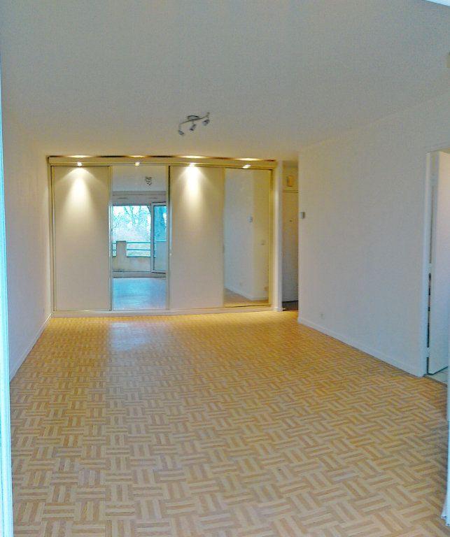Appartement à louer 1 36m2 à Avon vignette-4