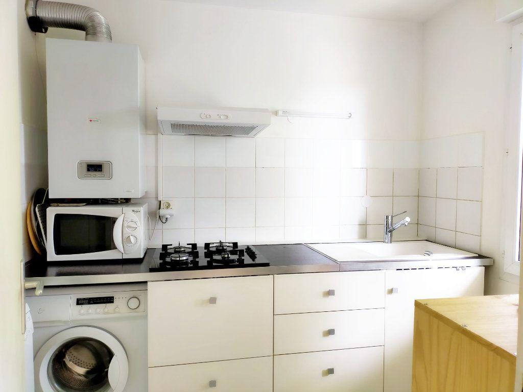 Appartement à louer 1 36m2 à Avon vignette-5