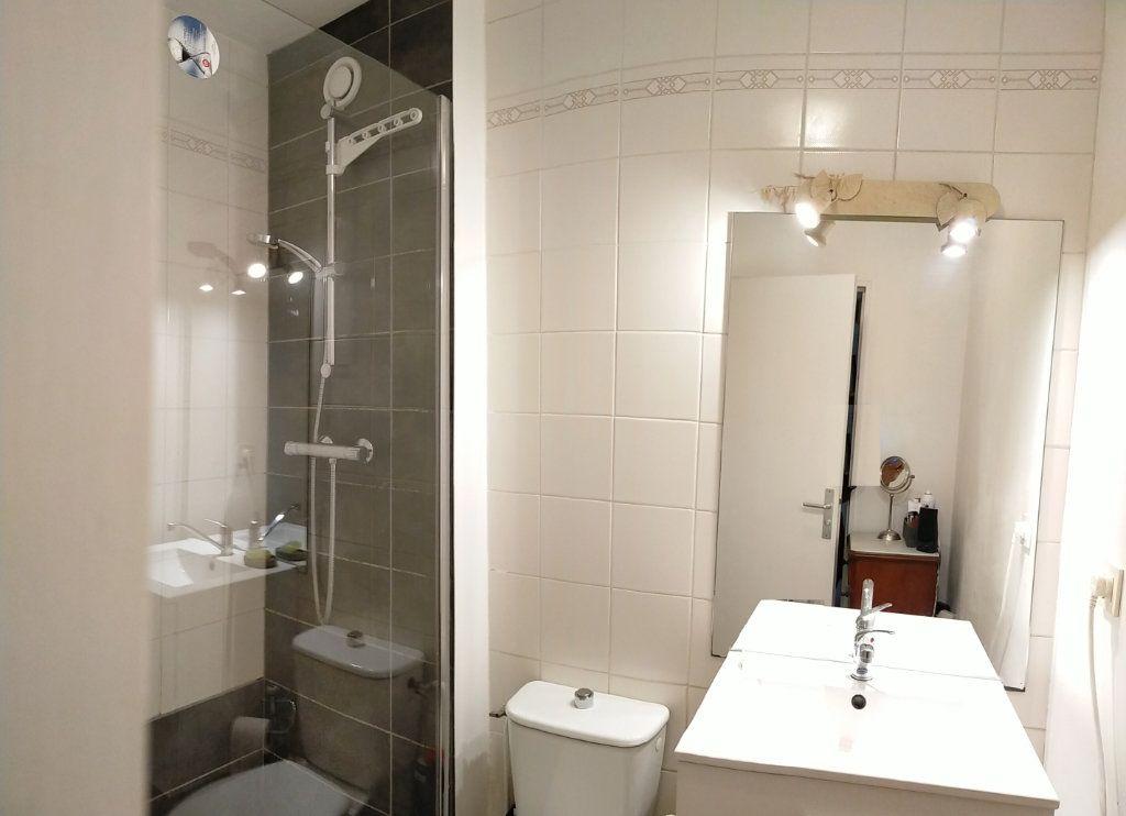Appartement à louer 1 36m2 à Avon vignette-6