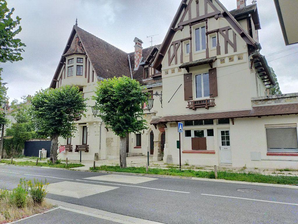 Appartement à louer 2 40m2 à Héricy vignette-1