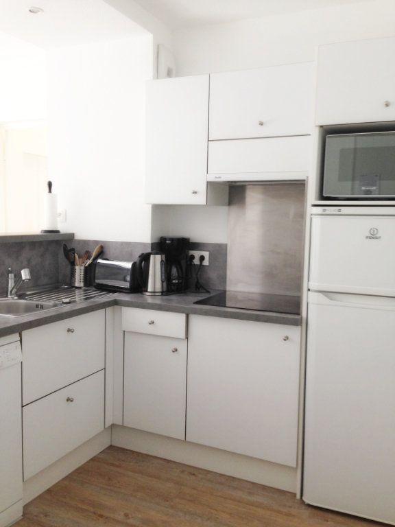 Appartement à louer 2 51m2 à Fontainebleau vignette-5