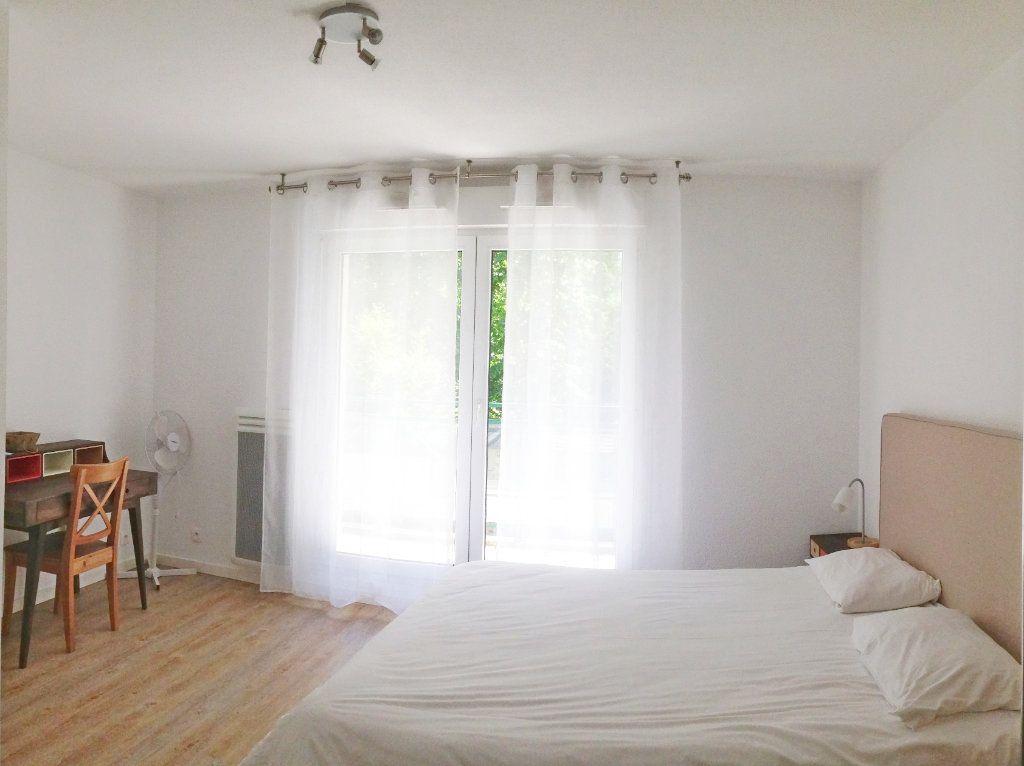 Appartement à louer 2 51m2 à Fontainebleau vignette-6