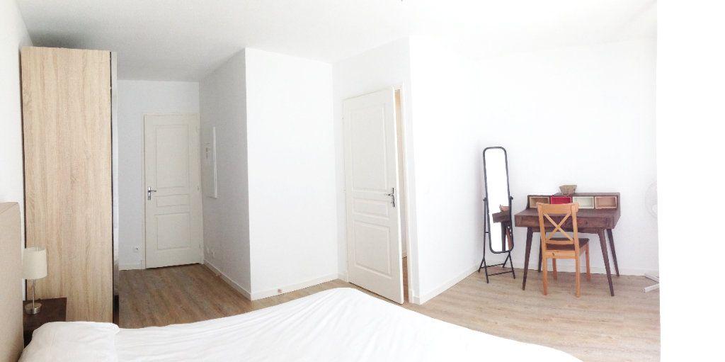 Appartement à louer 2 51m2 à Fontainebleau vignette-7