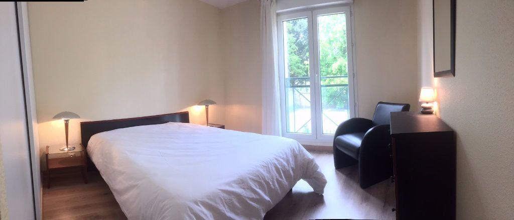 Appartement à louer 4 82m2 à Fontainebleau vignette-4