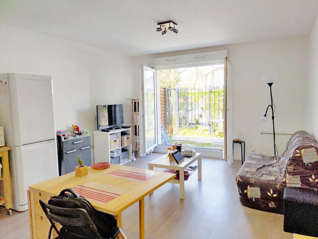 Appartement à louer 2 38m2 à Fontainebleau vignette-3