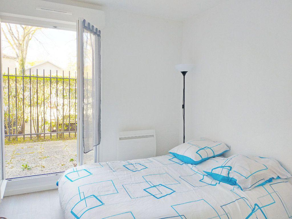 Appartement à louer 2 38m2 à Fontainebleau vignette-6
