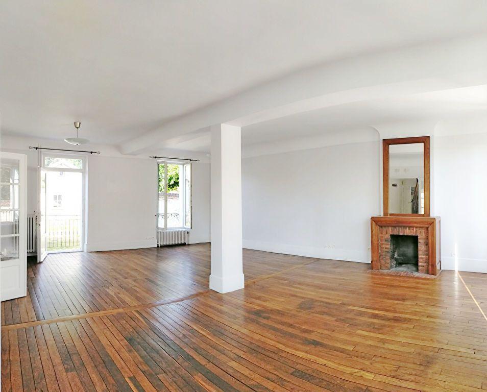 Maison à louer 4 115.82m2 à Veneux-les-Sablons vignette-2