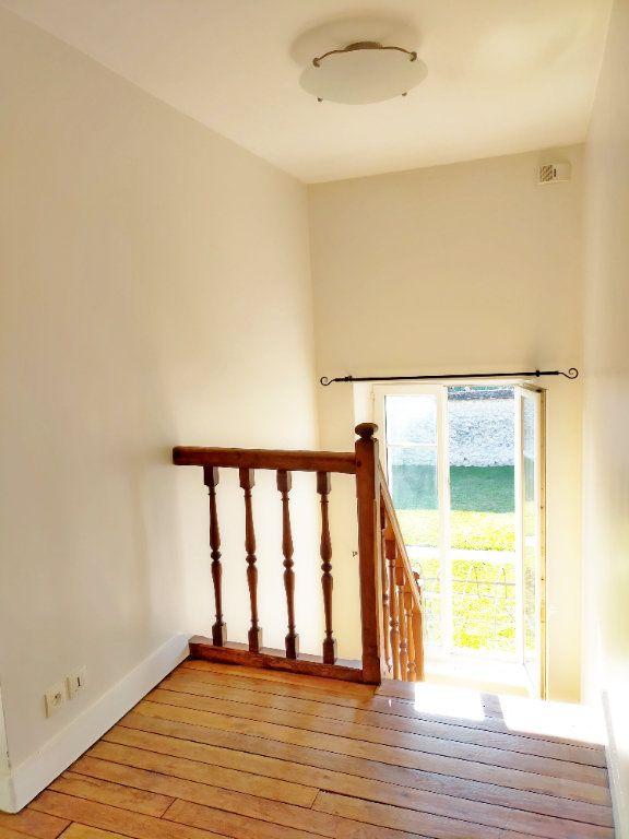 Maison à louer 4 115.82m2 à Veneux-les-Sablons vignette-6