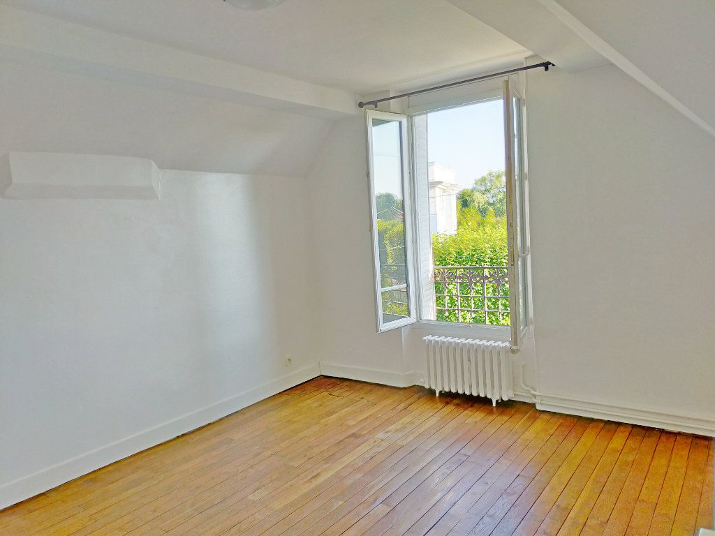 Maison à louer 4 115.82m2 à Veneux-les-Sablons vignette-9
