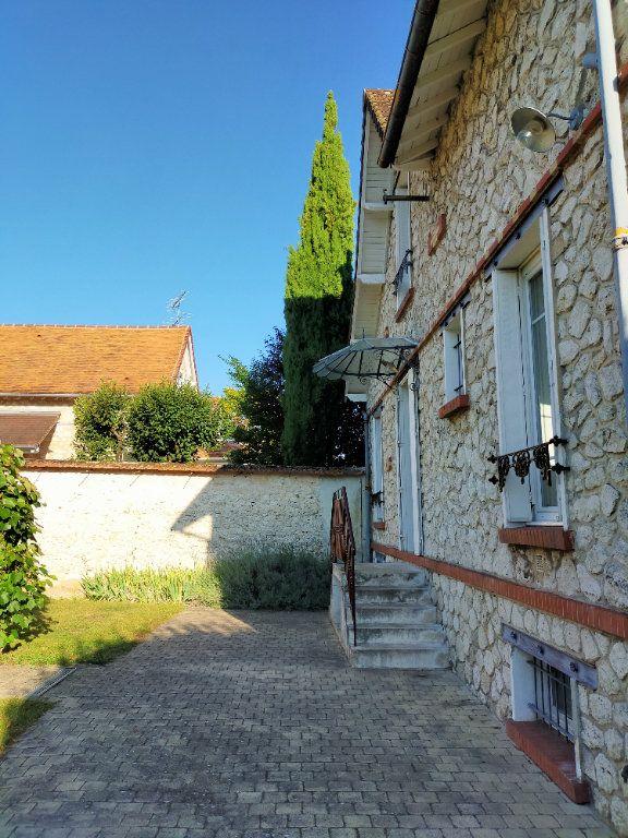Maison à louer 4 115.82m2 à Veneux-les-Sablons vignette-12