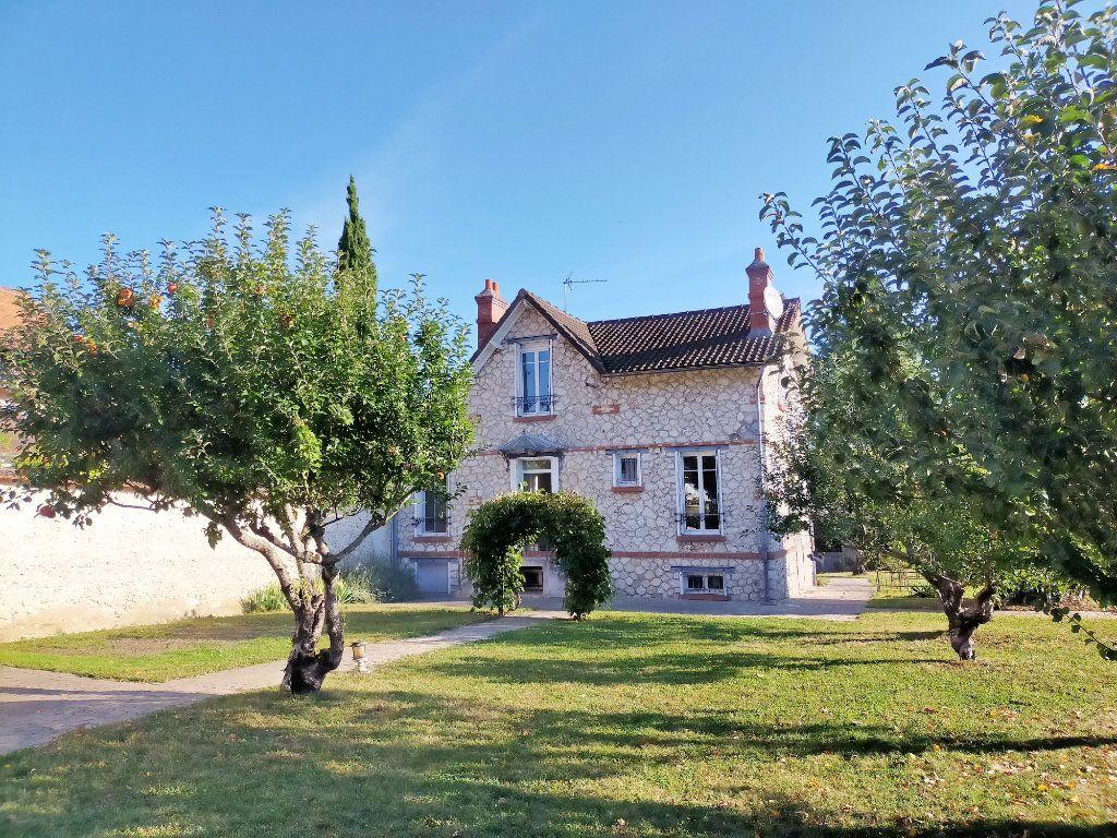 Maison à louer 4 115.82m2 à Veneux-les-Sablons vignette-13