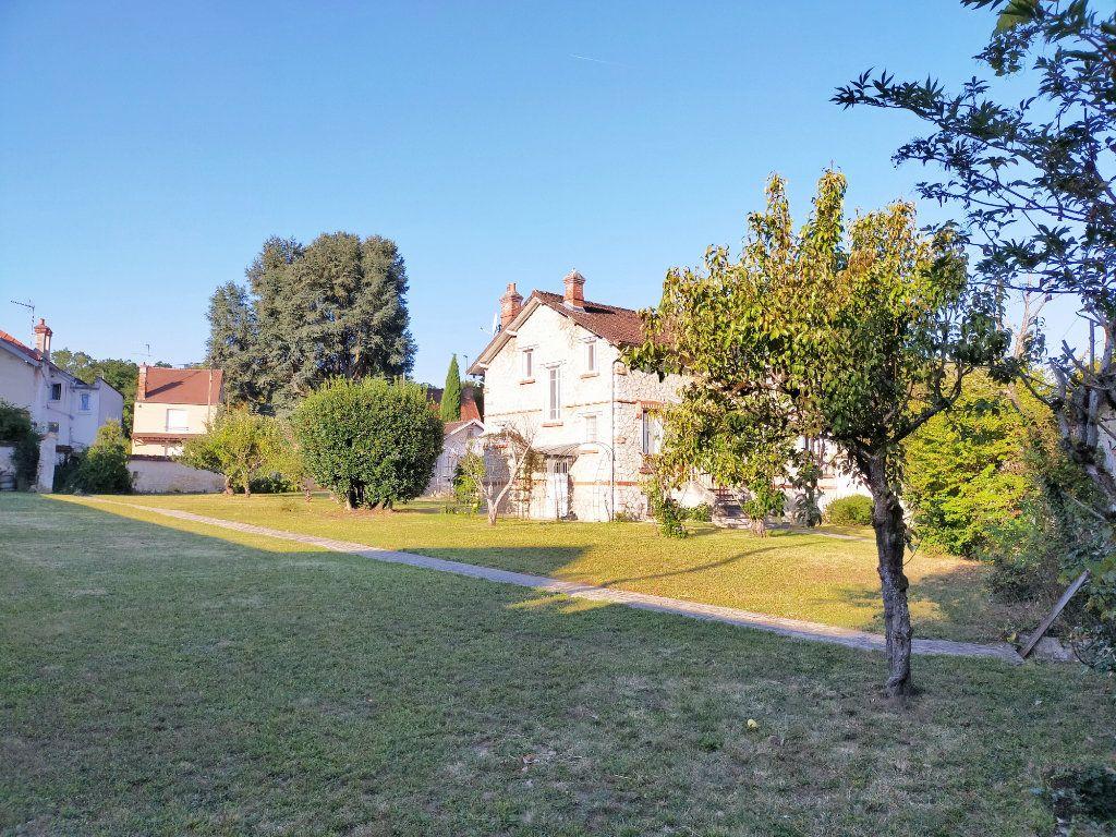 Maison à louer 4 115.82m2 à Veneux-les-Sablons vignette-14