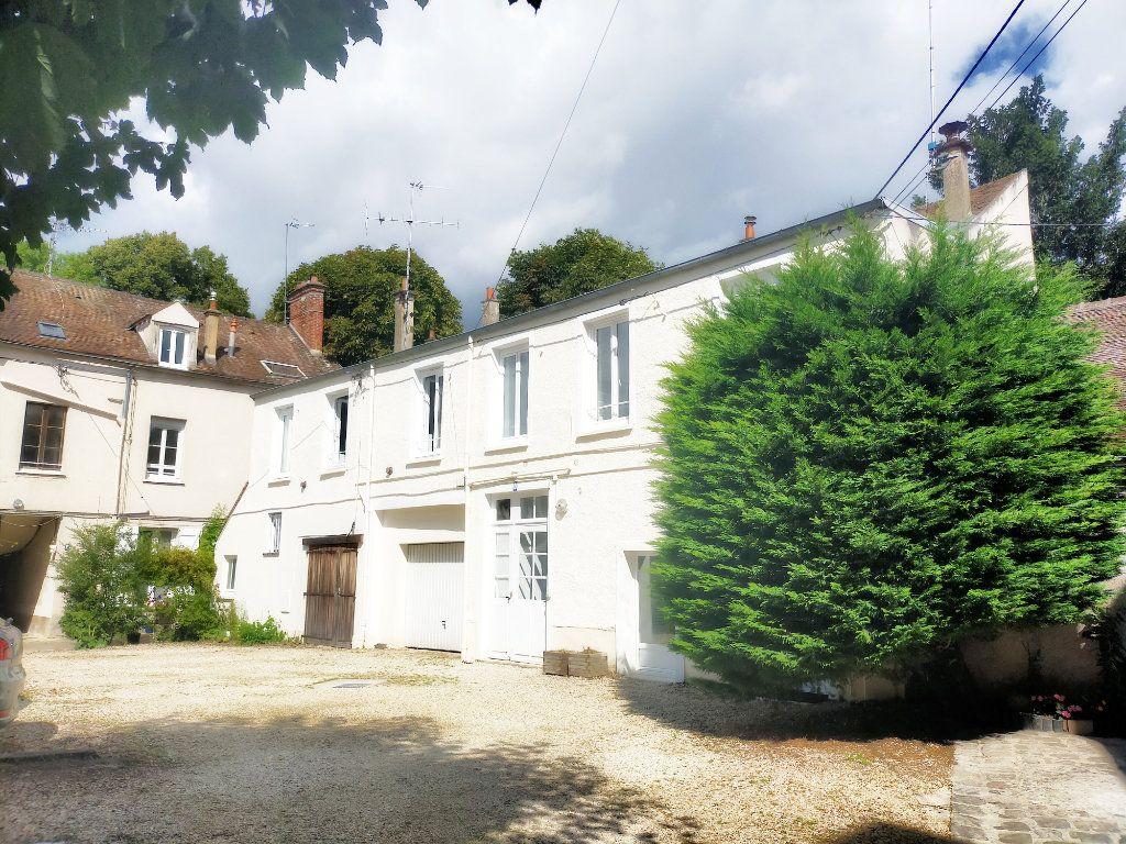 Appartement à louer 2 21m2 à Fontainebleau vignette-5