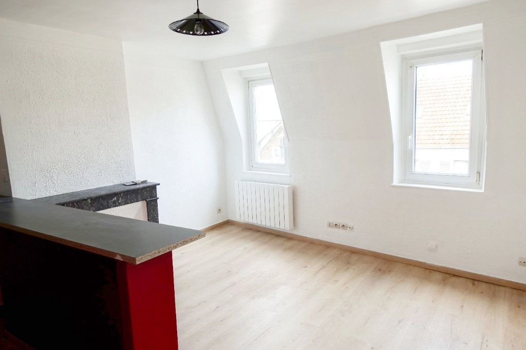 Appartement à louer 2 34.26m2 à Fontainebleau vignette-2