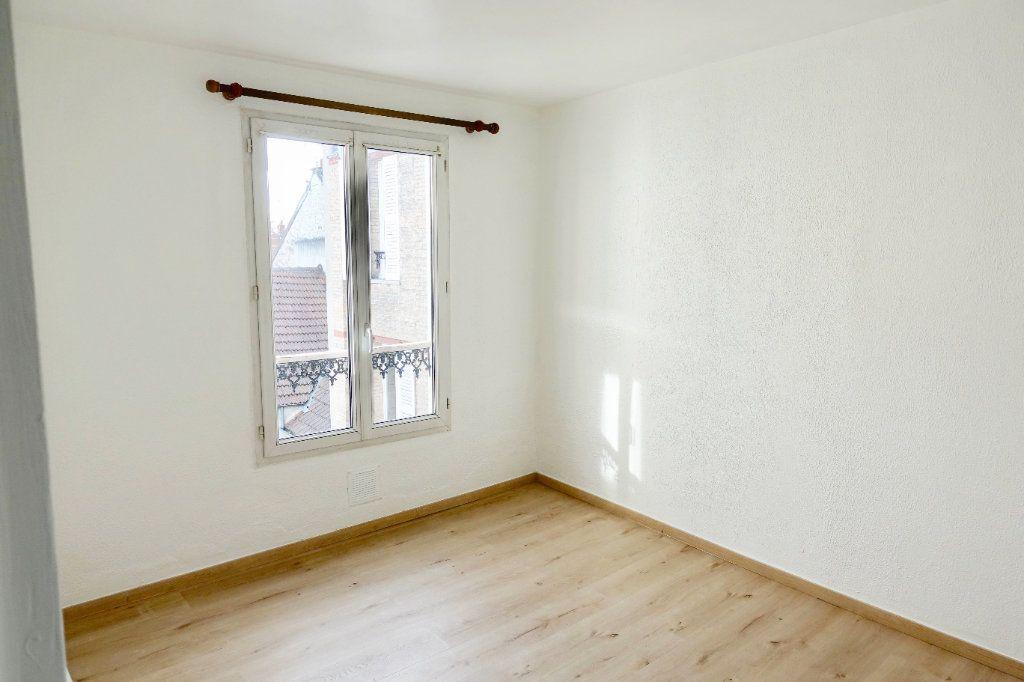 Appartement à louer 2 34.26m2 à Fontainebleau vignette-3