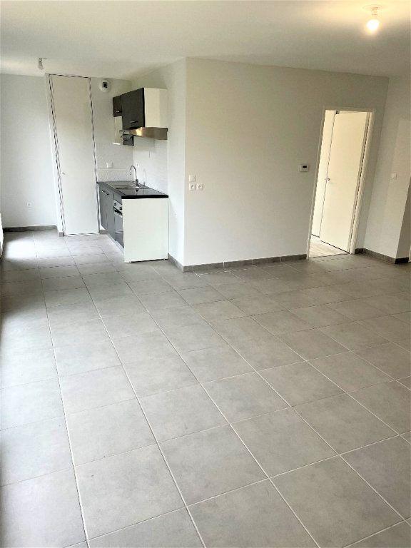Appartement à louer 3 65.12m2 à Launaguet vignette-1