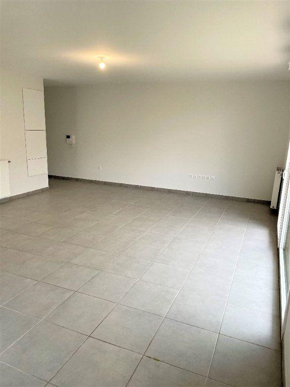 Appartement à louer 3 65.12m2 à Launaguet vignette-5