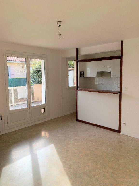 Appartement à louer 3 50.35m2 à Launaguet vignette-1
