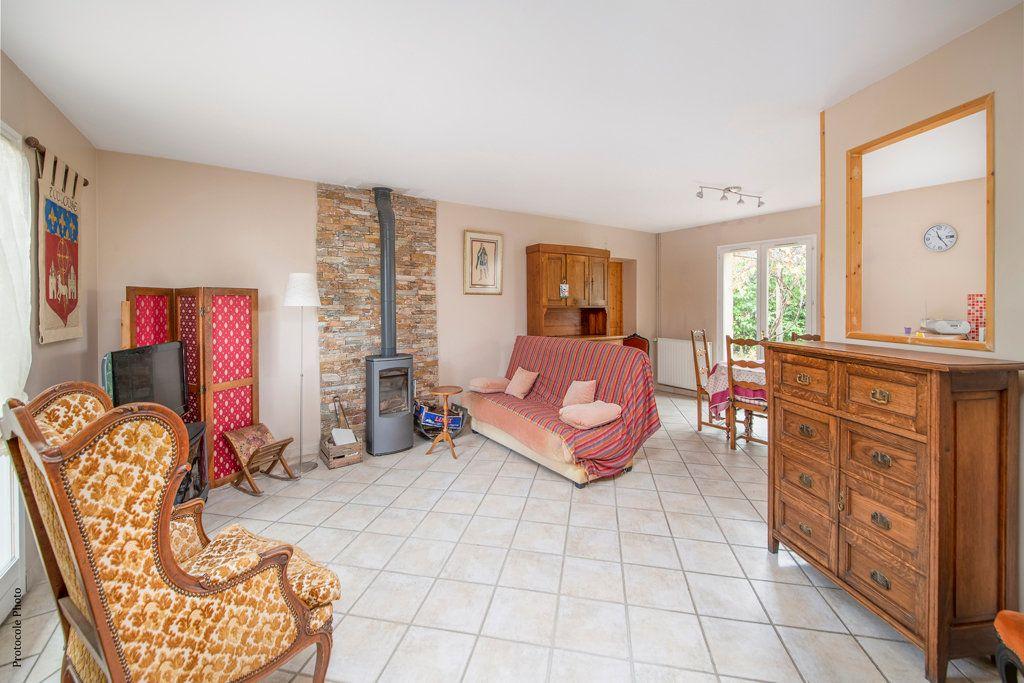 Maison à vendre 5 126m2 à Castelginest vignette-8