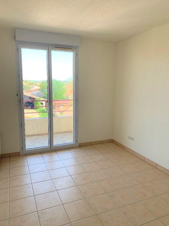 Appartement à louer 3 64m2 à Castelginest vignette-5