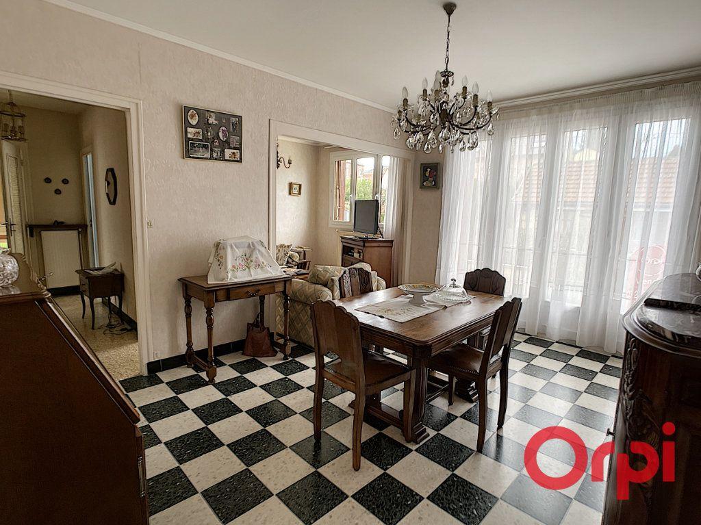 Maison à vendre 4 70m2 à Anizy-le-Château vignette-3