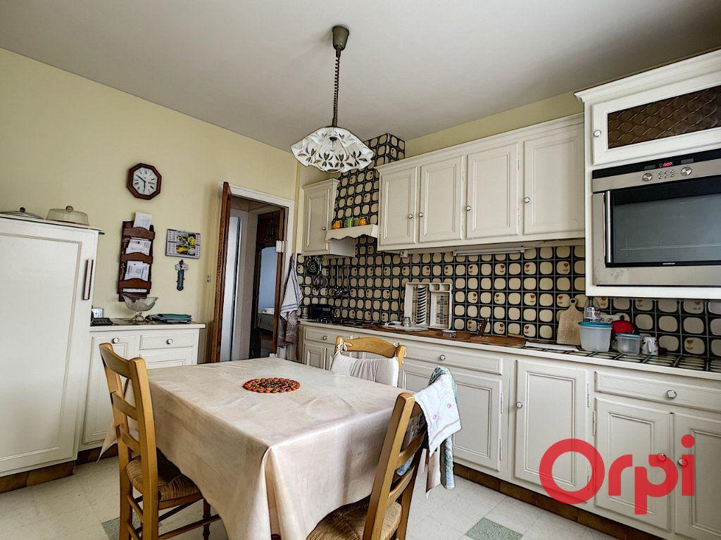 Maison à vendre 4 70m2 à Anizy-le-Château vignette-4