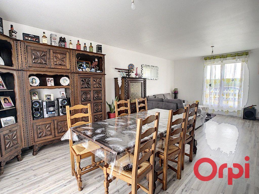 Maison à vendre 6 135m2 à Anizy-le-Château vignette-2