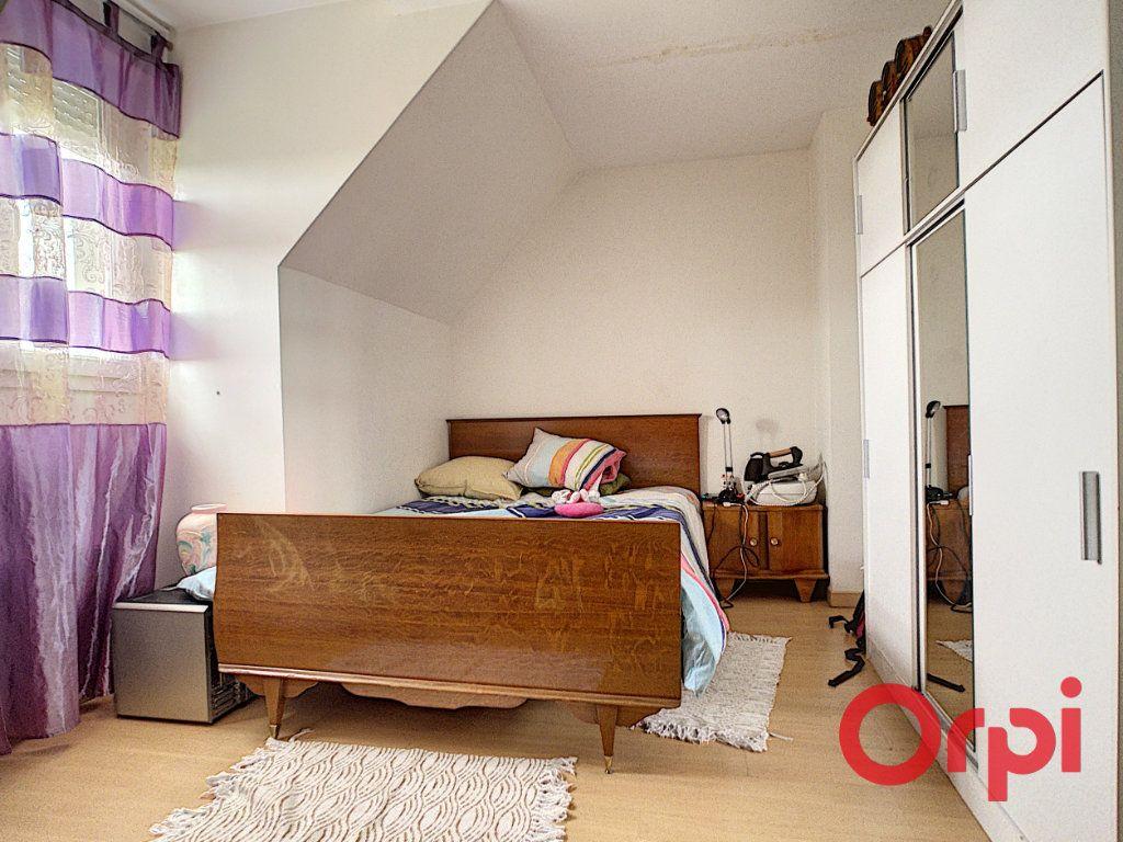 Maison à vendre 6 135m2 à Anizy-le-Château vignette-7