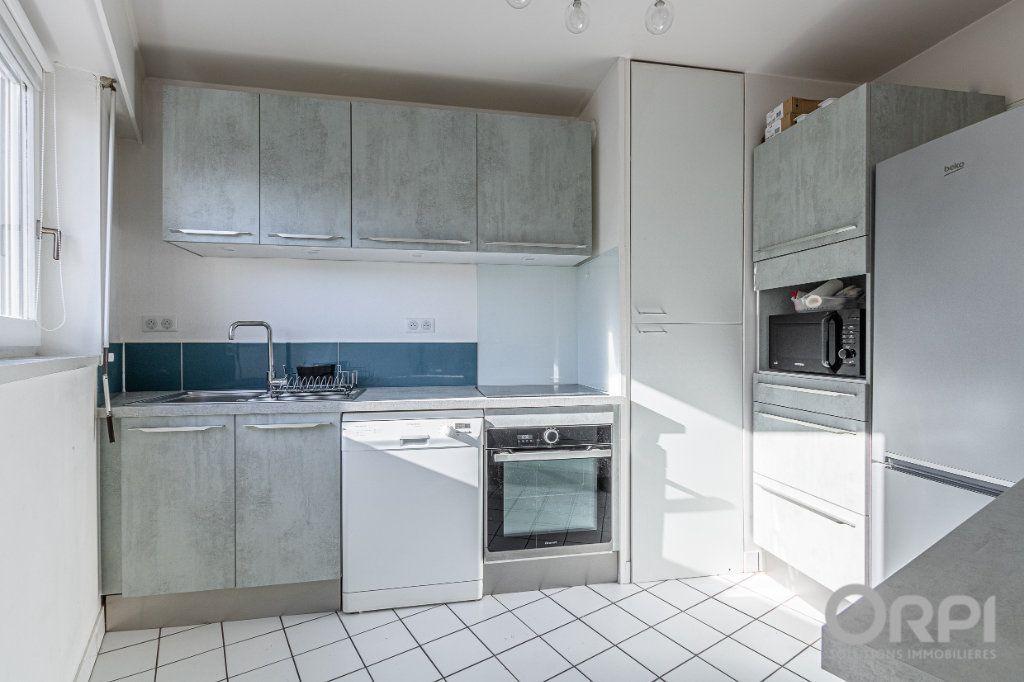 Appartement à vendre 5 103m2 à Charenton-le-Pont vignette-3