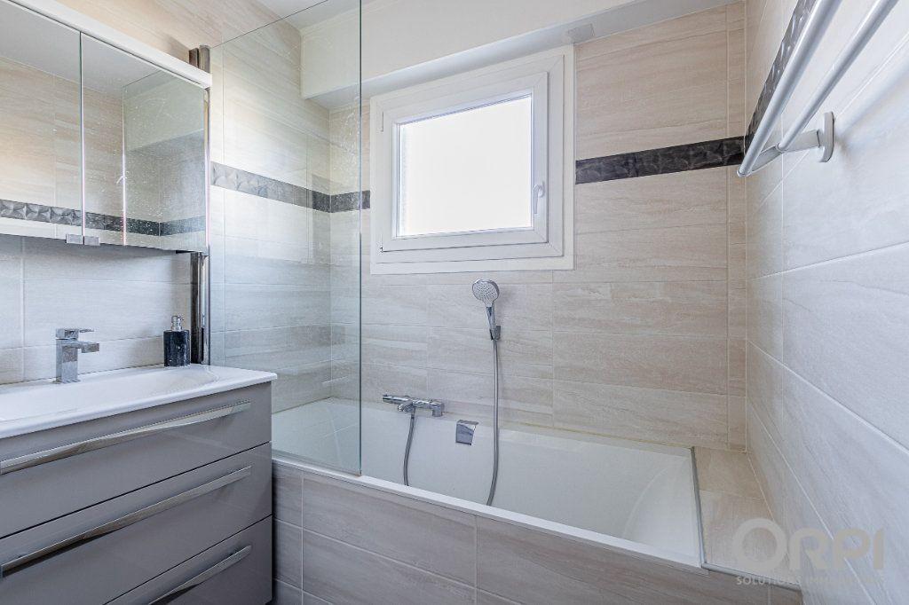 Appartement à vendre 5 103m2 à Charenton-le-Pont vignette-8