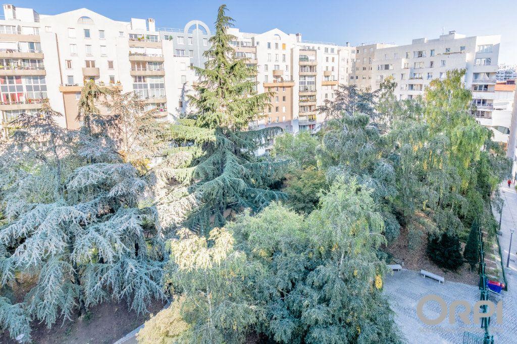 Appartement à vendre 5 103m2 à Charenton-le-Pont vignette-13