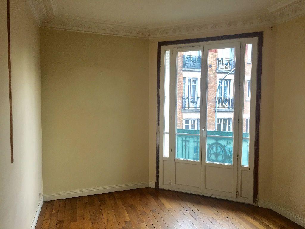 Appartement à louer 3 48m2 à Alfortville vignette-2