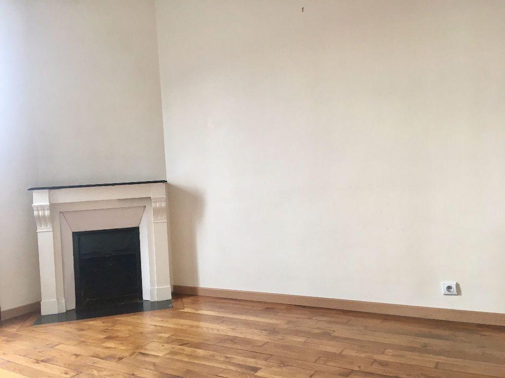 Appartement à louer 3 48m2 à Alfortville vignette-4