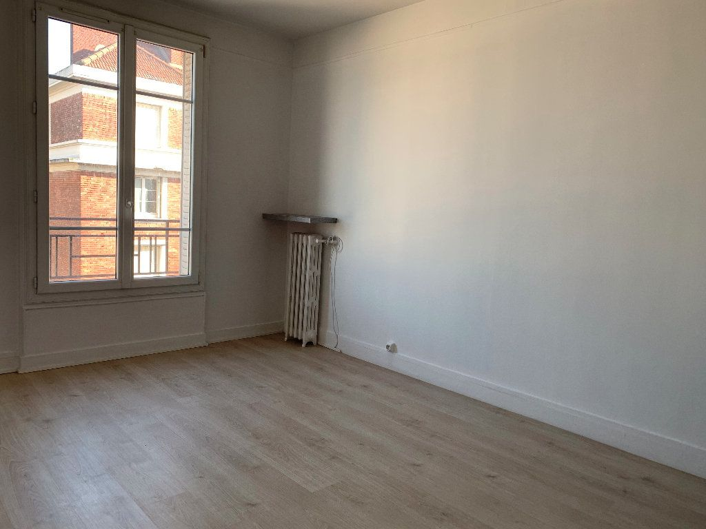 Appartement à louer 2 35.07m2 à Ivry-sur-Seine vignette-3