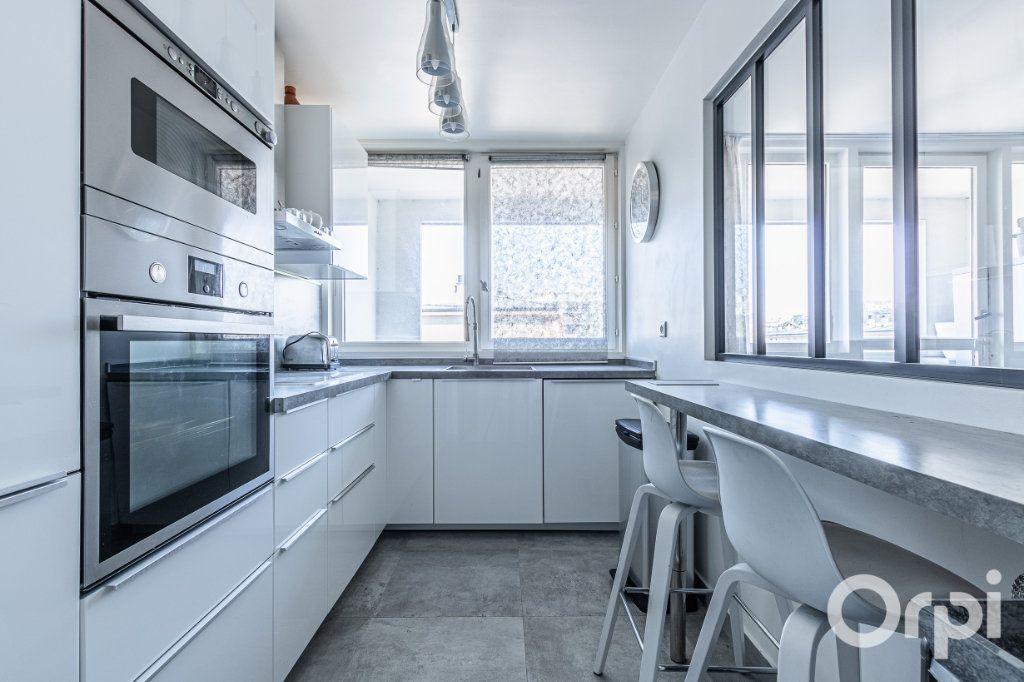 Appartement à vendre 4 84m2 à Charenton-le-Pont vignette-6