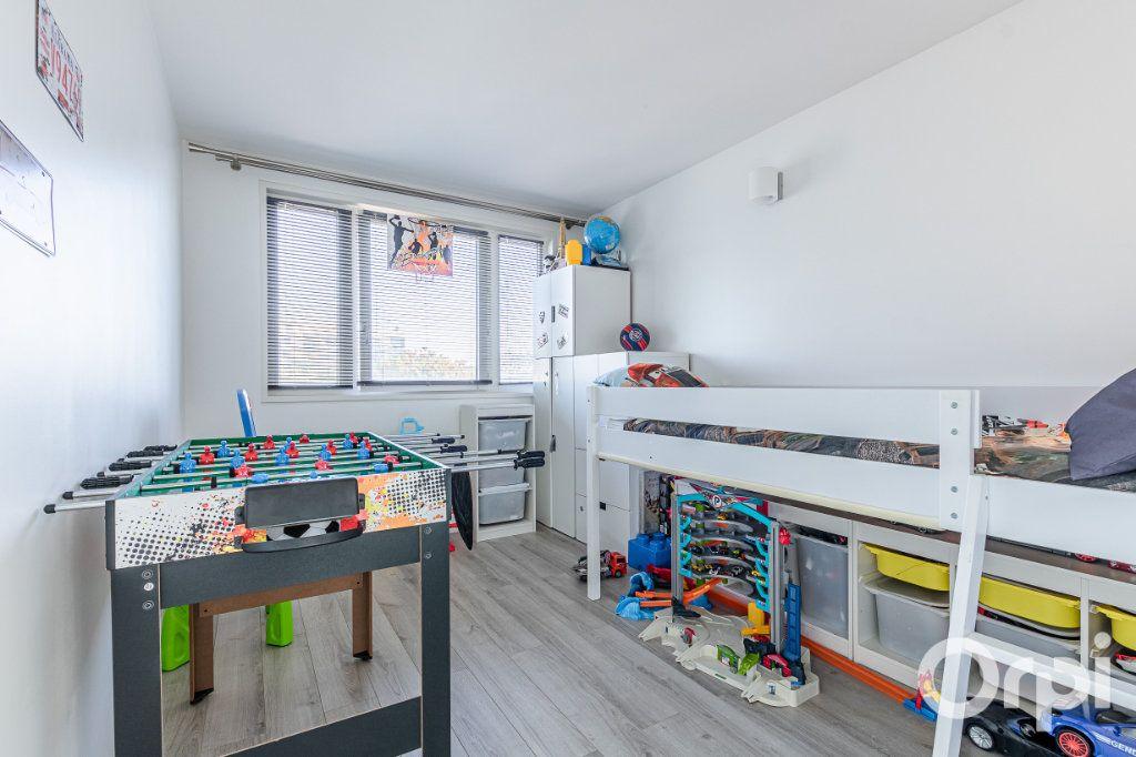 Appartement à vendre 4 84m2 à Charenton-le-Pont vignette-10