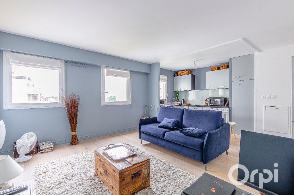 Appartement à vendre 3 57.02m2 à Charenton-le-Pont vignette-1