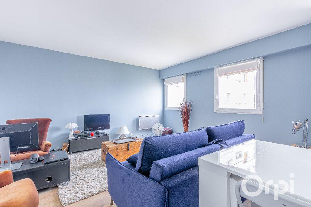 Appartement à vendre 3 57.02m2 à Charenton-le-Pont vignette-3