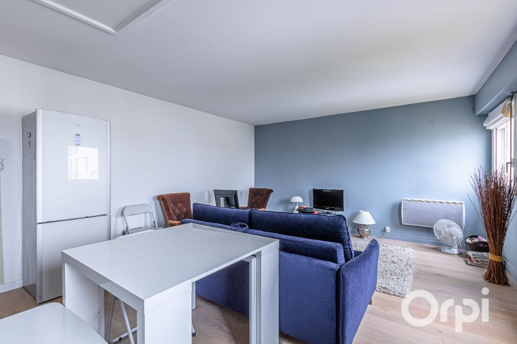 Appartement à vendre 3 57.02m2 à Charenton-le-Pont vignette-4