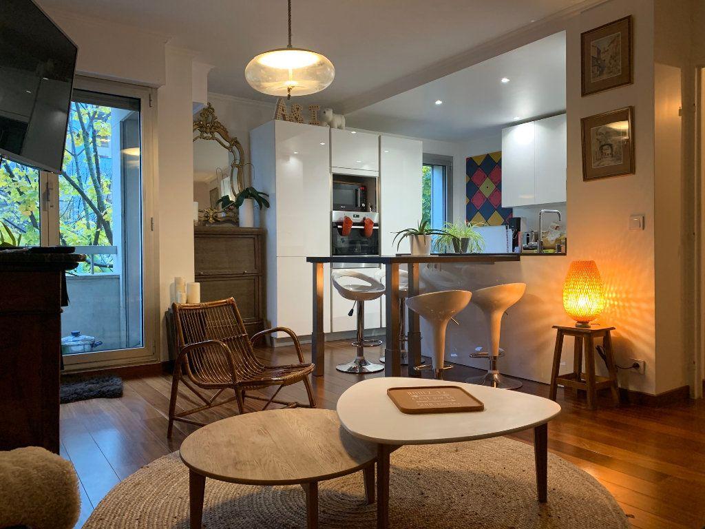 Appartement à louer 2 46m2 à Charenton-le-Pont vignette-1