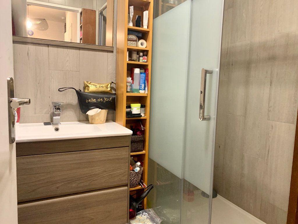 Appartement à louer 2 46m2 à Charenton-le-Pont vignette-6