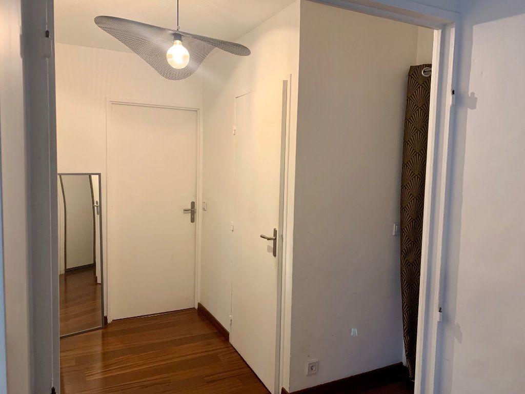 Appartement à louer 2 46m2 à Charenton-le-Pont vignette-7