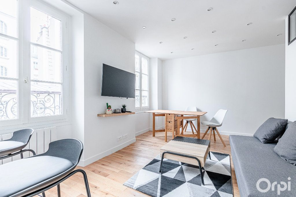 Appartement à louer 2 33m2 à Paris 17 vignette-1