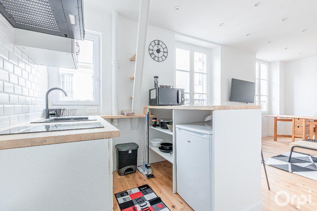 Appartement à louer 2 33m2 à Paris 17 vignette-12