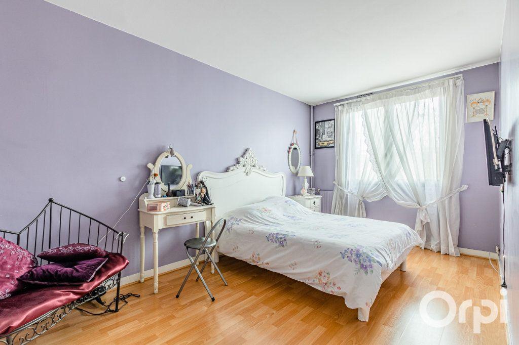 Appartement à vendre 5 93m2 à Pantin vignette-10