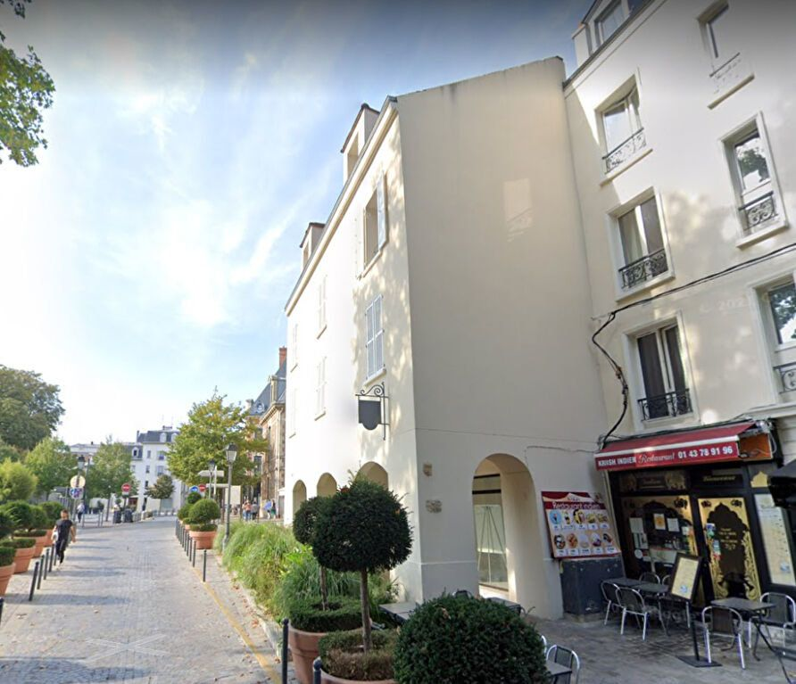 Appartement à louer 1 20m2 à Charenton-le-Pont vignette-1