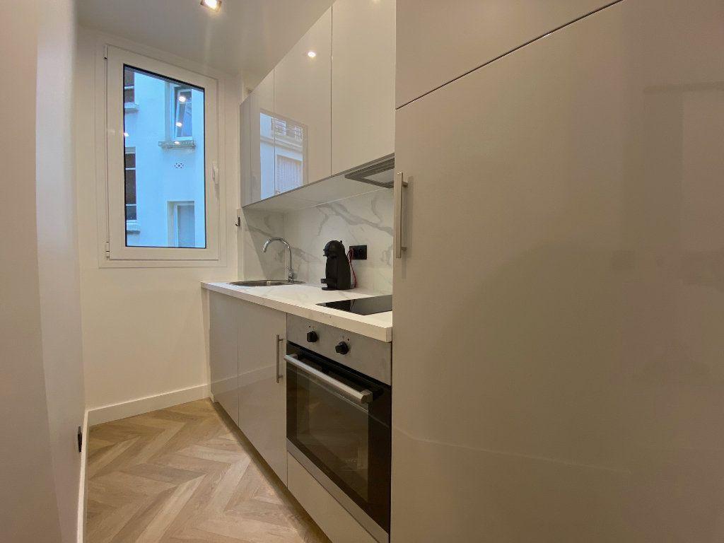Appartement à louer 2 29.45m2 à Paris 16 vignette-6