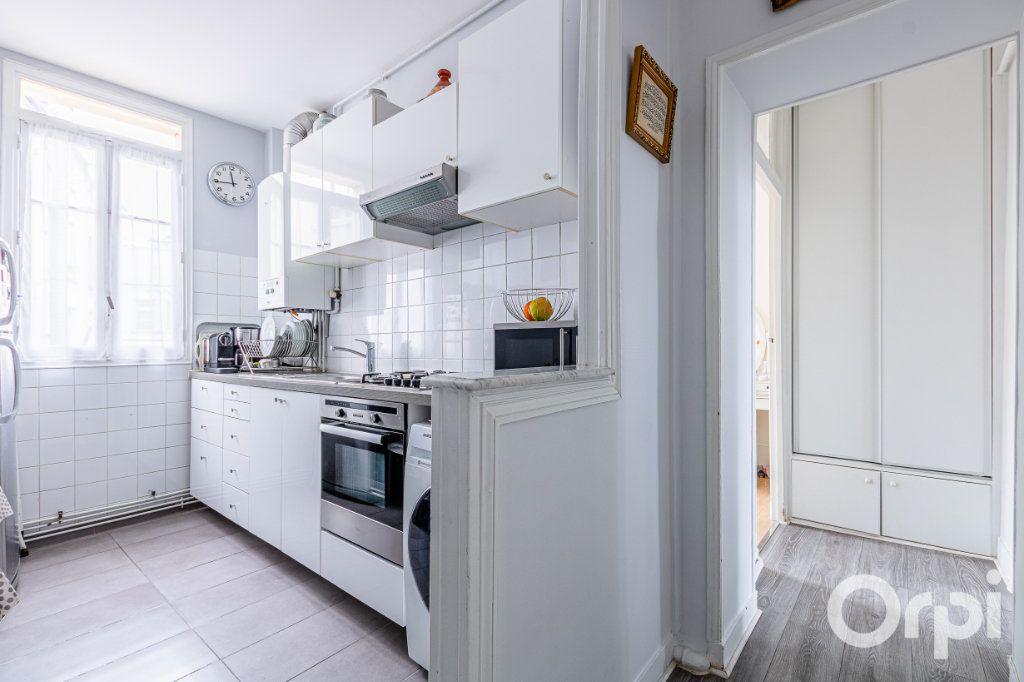 Appartement à vendre 3 67m2 à Paris 19 vignette-5