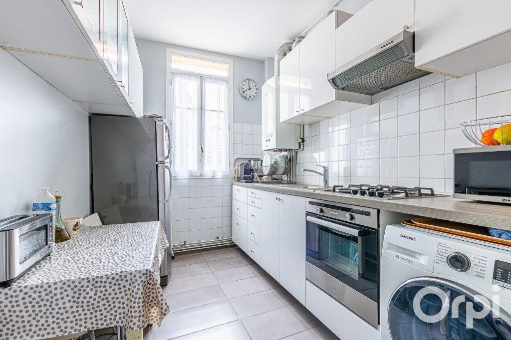 Appartement à vendre 3 67m2 à Paris 19 vignette-7