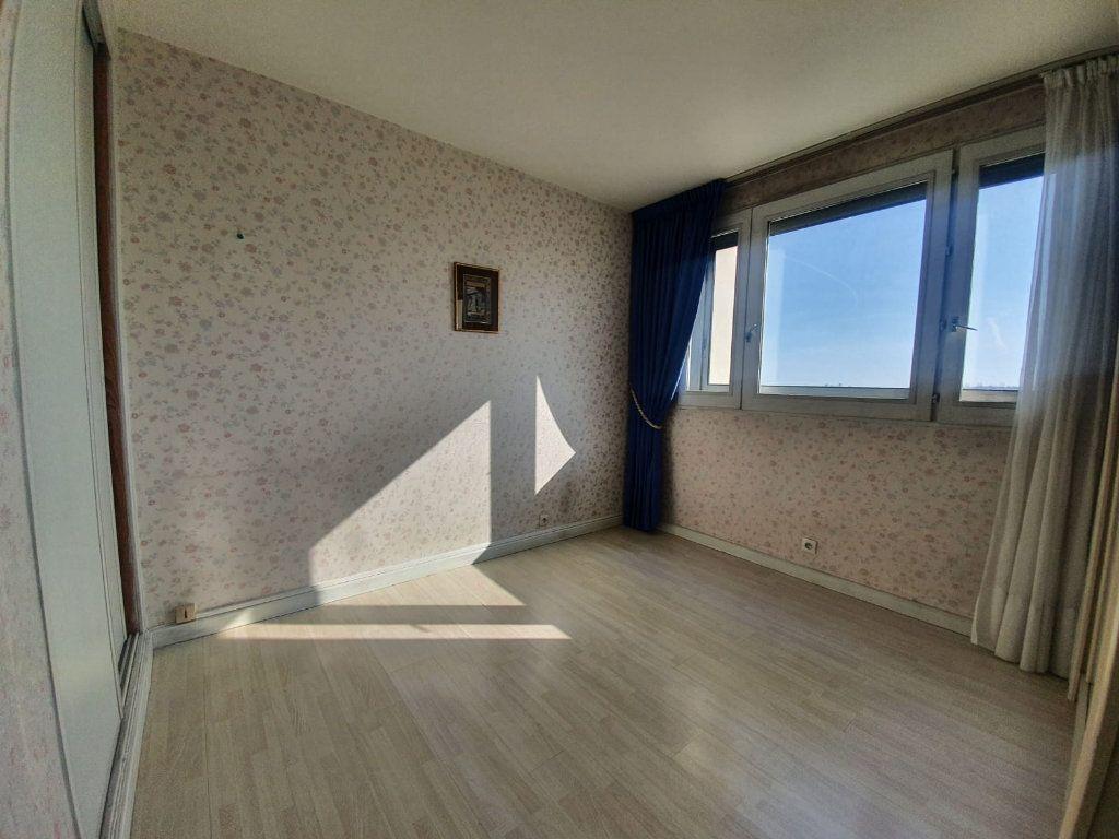 Appartement à vendre 3 67m2 à Charenton-le-Pont vignette-3